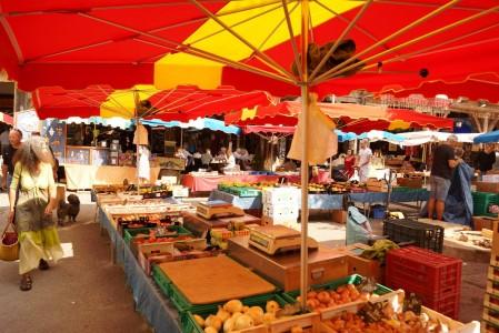 mirepoix local market medieval town (2)