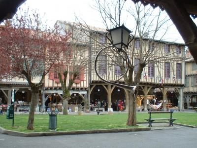 mirepoix local market medieval town (8)